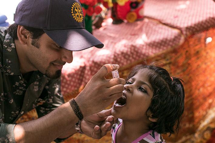 Tutustu poliosta kertovaan juttusarjaan