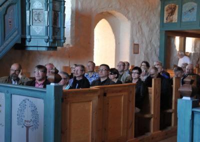 kirkossa
